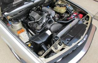 Može li se motor BMW-a 524 td ugraditi u 530 V8?