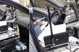 Mobitel u vožnji? Ovaj čovjek je uhvaćen s mobilnim uredom!