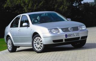 Što šuška u instrumentnoj ploči VW Bore?