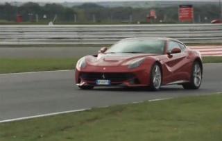 U najbizarnijem testu dosad uspoređeni Ferrari i Toyota
