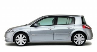 Renault Megane buči pri oduzimanju ili dodavanju gasa