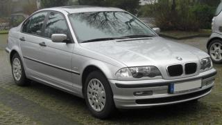 BMW 318i treska