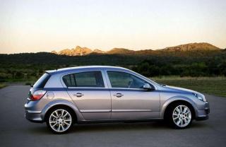 Previše ulja u Opel Astri H 1.4 twinport