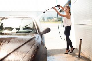 Šest trikova kako profesionalno očistiti automobil
