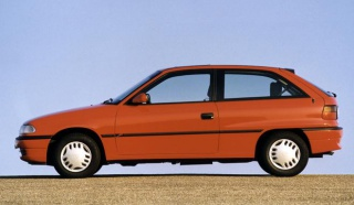 Opel Astra teško pali