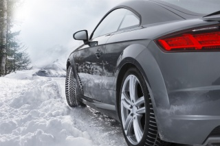Uz novu Dunlopovu gumu Winter Sport 5 zima vam neće moći poremetiti planove