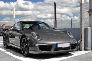Pogledajte kako izgleda kada vozački ispit polažete u Porscheu 911