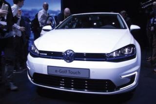 Kontrola gestama: Volkswagen nakon Budd-e modela predstavio i e-Golf Touch