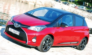 Toyota Yaris 1.33 Bi-Tone