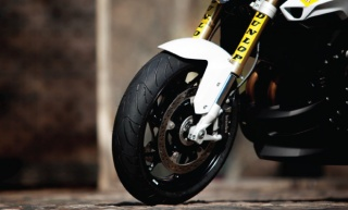 Za zahtjevne motoriste nova sportska turing guma RoadSmart III