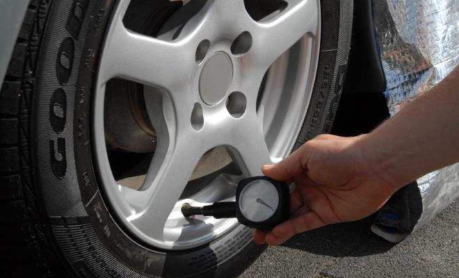 Kako brinuti o gumama u ljetnim mjesecima