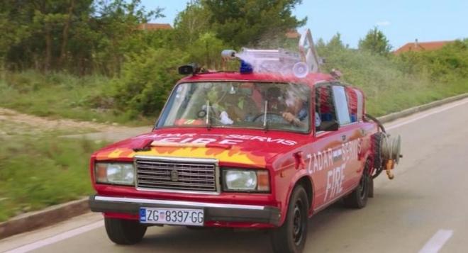 Kako je James May u Zadru od Lade napravio vatrogasno vozilo