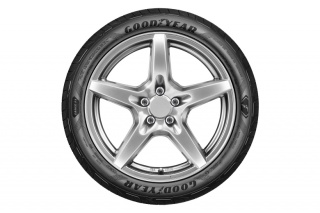 Eagle F1 Asymmetric 5 - Goodyearova nova guma