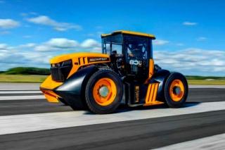 Ovo je najbrži traktor na svijetu, ima 1000 KS, a juri 167 km/h