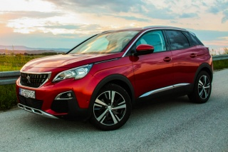 TEST: Peugeot 3008 Allure PureTech 130 EAT8
