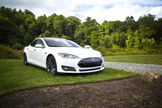 Za 20 godina moći ćemo kupiti jedino aute na struju