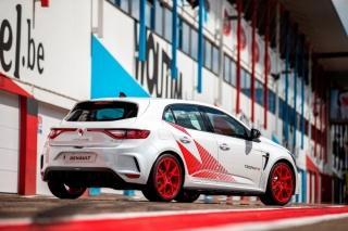 Novi Renault MEGANE R.S. TROPHY-R: automobil vrhunskih performansi