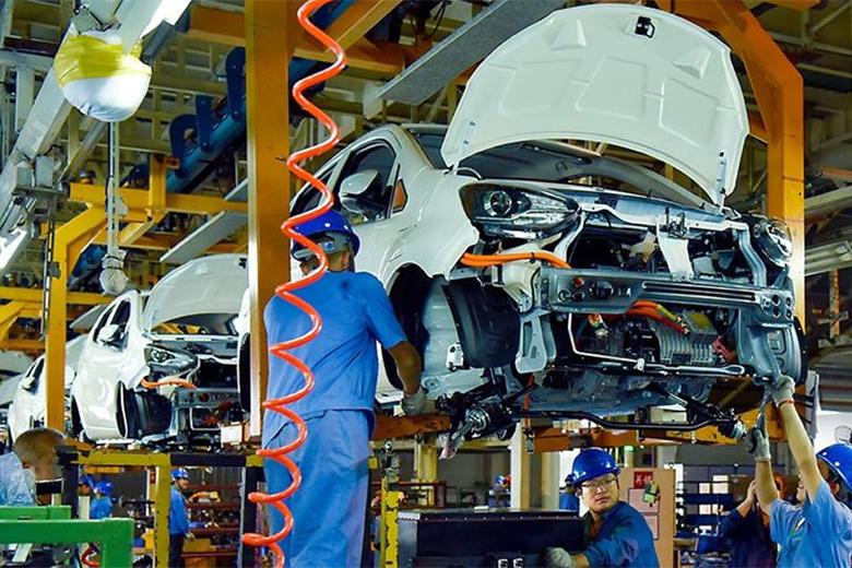 Njemačka se prebacuje na električna vozila - ugroženo...