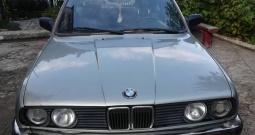BMW 320i kockica
