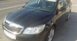 Škoda Octavia 1,6 TDI,full,reg.09/17,MODEL 2014**KARTICE**RATE**