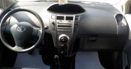 Toyota Yaris 1,4D-4D,klima,na ime kupca,MODEL 2012 KARTICE KREDIT