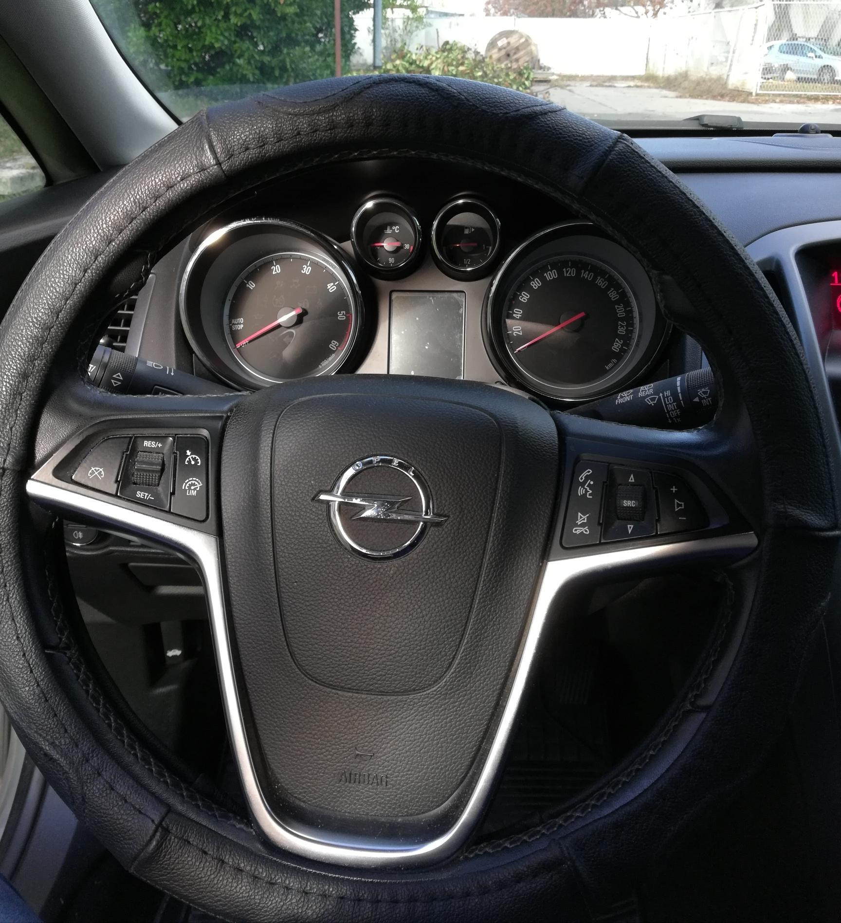 Opel Astra 1,6 cdti