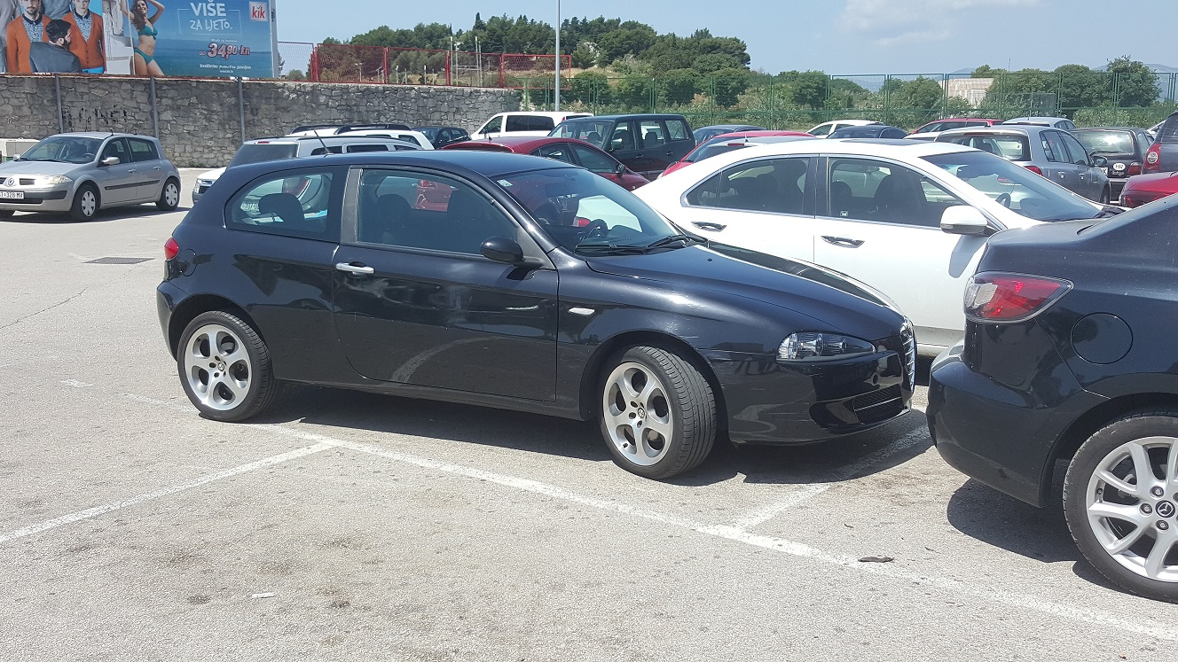 HITNO se prodaje Alfa 147 1.6 16V Ts