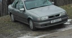 Opel Vectra 1.6i, 1994. g.