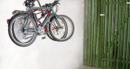 Univerzalni zidni držač za bicikl 16404 Eufab