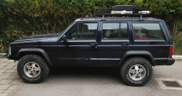 Jeep Cherokee 2.5 plin 4*4
