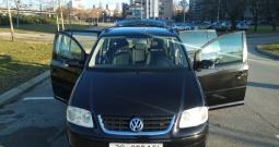 VW Touran 1.9 TDI, 2003. g., 256.000 km