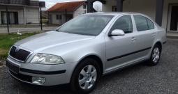 Škoda Octavia 2.0 tdi, gratis prijenos, nije uvoz, 6 brzina, servisna knj.
