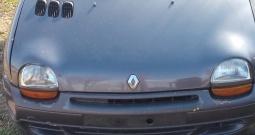 Renault twingo 1,2i god 1997 bez motora odjavljen komplet ili u djelovima