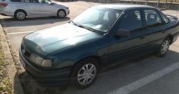Opel Vectra 1.6 A GL