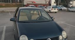 VW Polo 1.4 16V, 2002. g. registriran godinu dana
