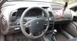 Renault Laguna 2.0, 1996. g., cijeli ili za dijelove