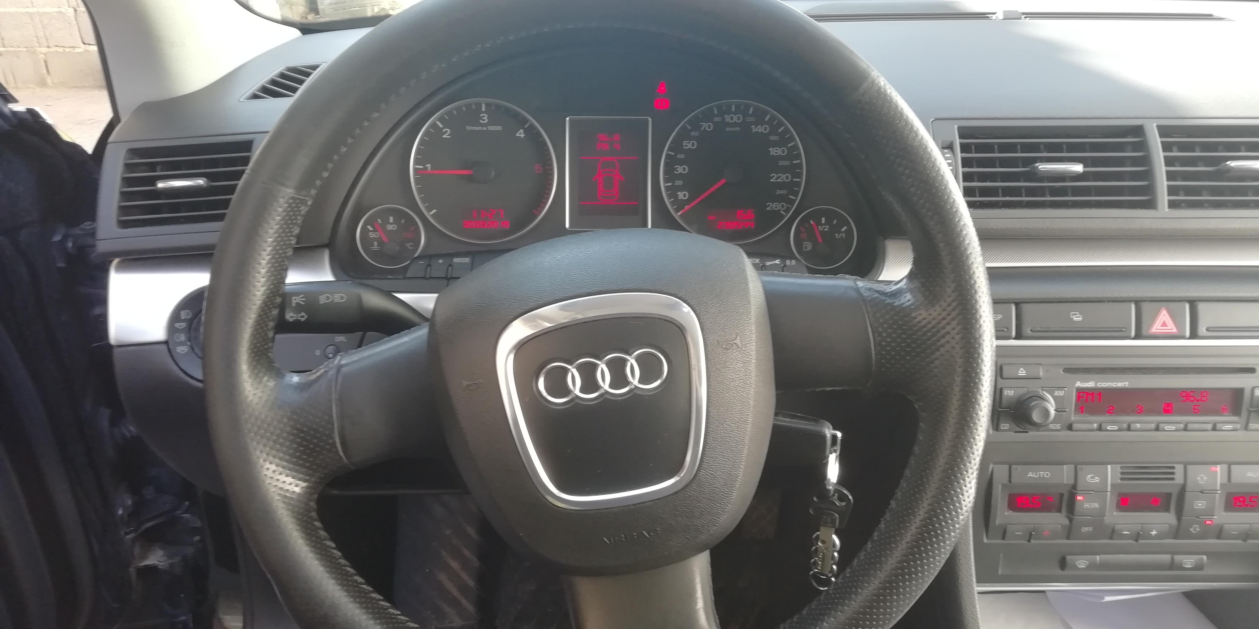 Audi A4 2.0 tdi sport, nije uvoz, 230 tkm
