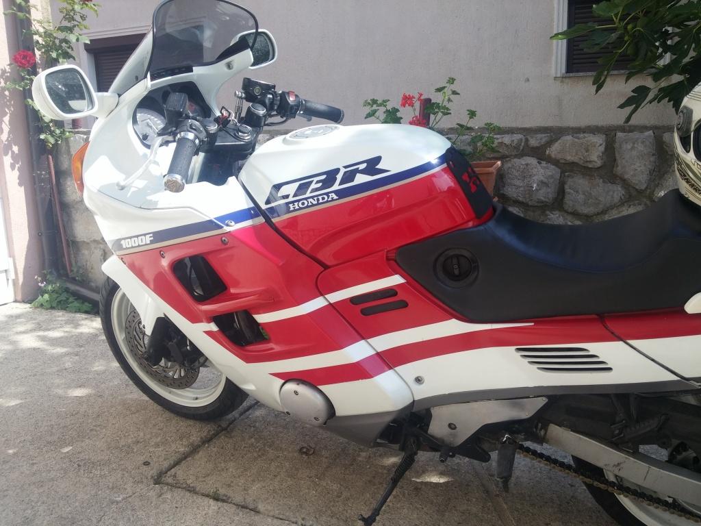 Honda CBR 1000 F, sportski motor, registriran