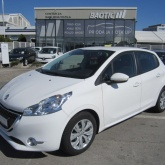Peugeot 208 1,4 HDi Active**2014 god.**92.500 km**