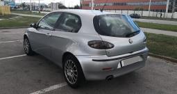 Alfa Romeo 147 1.6 ts moguća zamjena za skuter do 300ccm