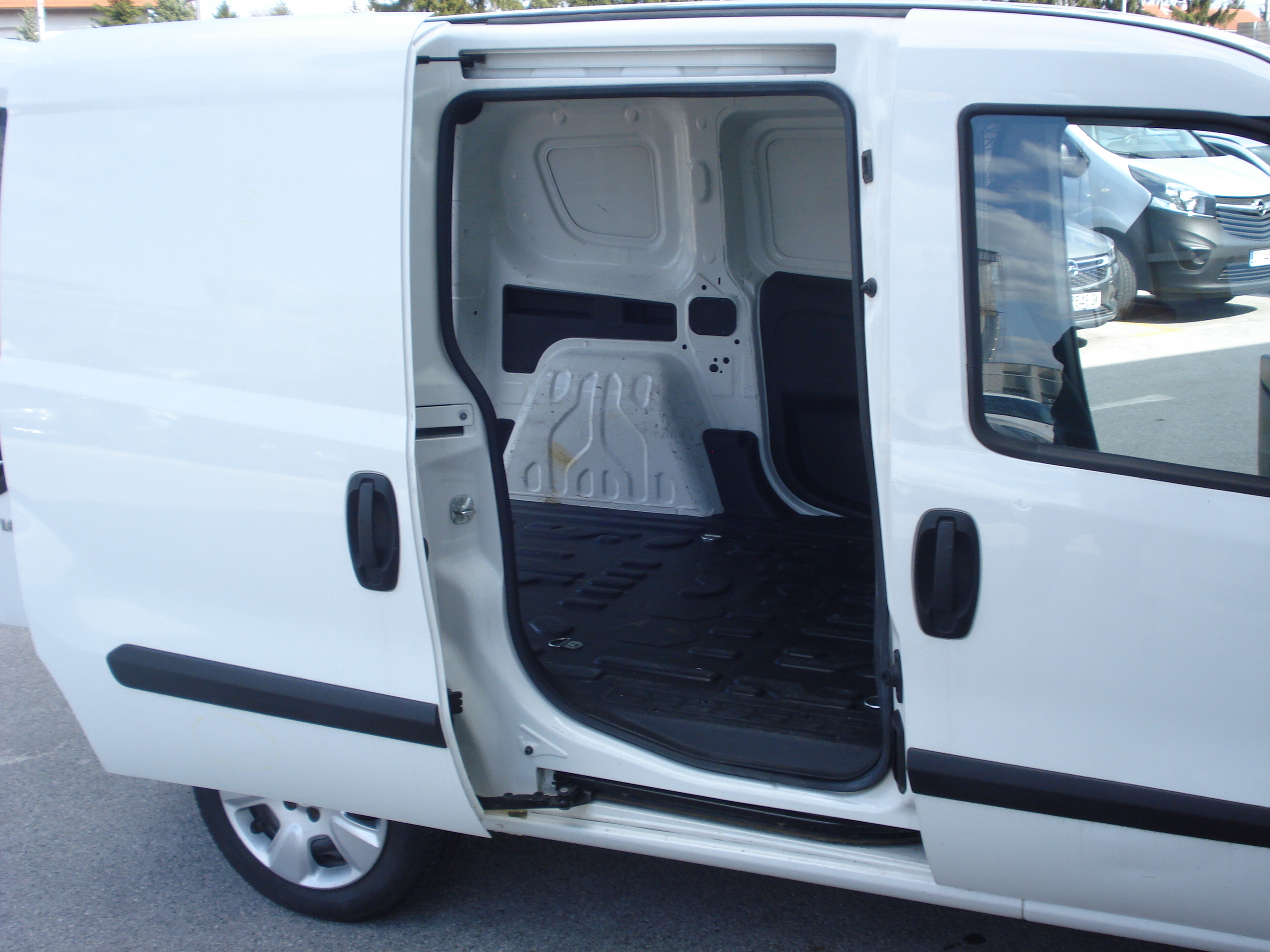 Opel Combo Van L1H1 1.6 CDTI 77kw - Provjerena rabljena vozila!