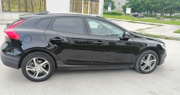 Volvo V40 Cross Country D2 Momentum Geartroni