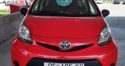 Toyota Aygo 2013.g. (nije uvoz, prodaje vlasnik)