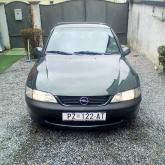 Opel Vectra 1.6 - automatik