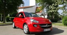 Opel Adam , Jako puno opreme, uredan i garaži