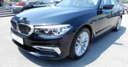 BMW 530xD Luxury *NAVI, KOŽA, HARMAN KARDON*