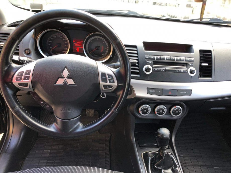Mitsubishi Lancer 2.0 DID zamjena reg 8/2020.