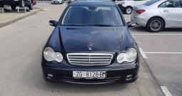 Prodajem rabljeno vozilo:Mercedes-Benz Cklasa