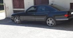 Mercedes-Benz E-klasa 320 CDI odličnom stanju