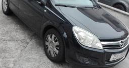 Opel Astra,2007.,80.000 km, u ODLIČNOM STANJU